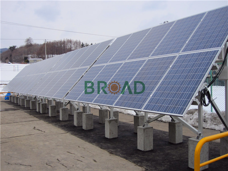 ground mounted solar array